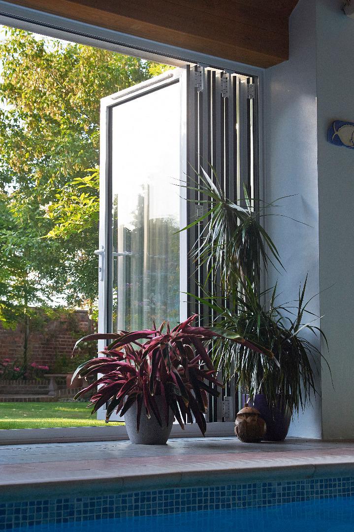 bifold doors Alyesbury