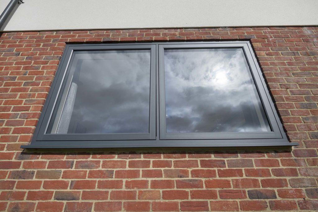 R7 window prices Aylesbury