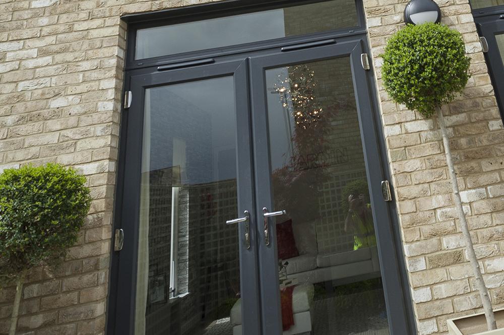 Residence 9 doors Aylesbury
